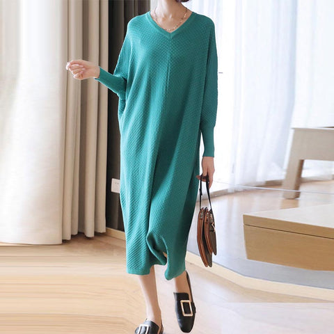 Bat sleeve v-neck shift sweater dresses