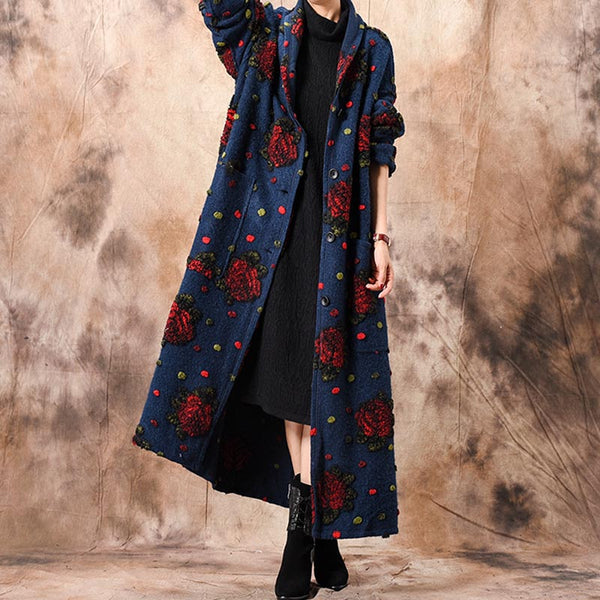 Embroidered buttoned straight coats