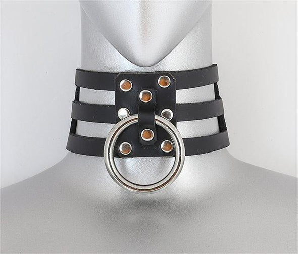 Triple Hole Single Ring Choker