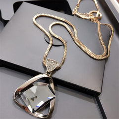 European Fashion Crystal Pendant Necklace