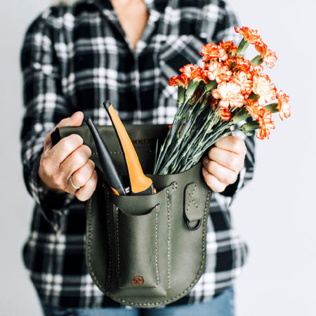 Good Thymes Utility Pouch