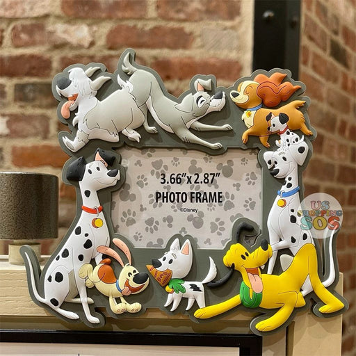 "DLR - Disney Reigning Cats & Dogs 🐾 - Disney Dogs 3.66"" x 2.87"" Magnet Photo Frame"