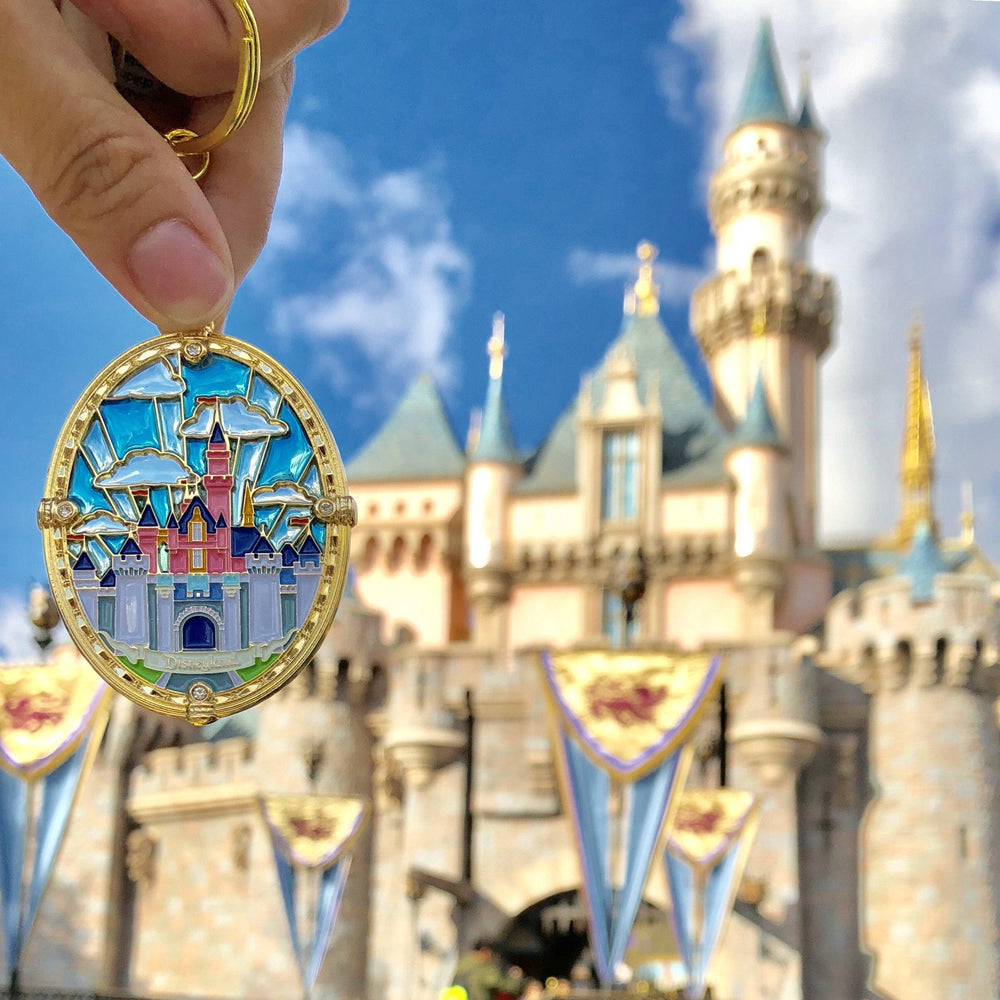 DLR - Stained Glass Castle Keychain