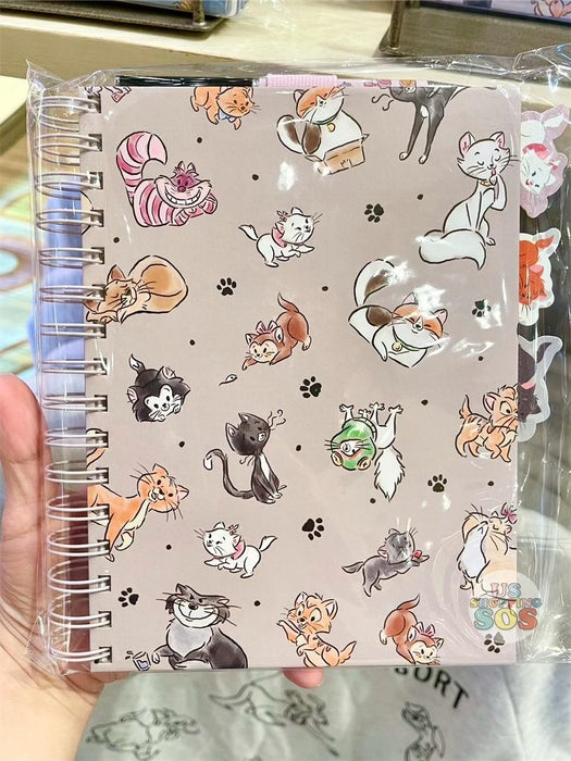 DLR - Disney Reigning Cats & Dogs 🐾 - Disney Cats Pen & Notebook Set