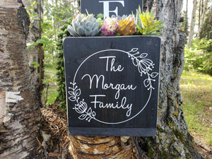 Personalized Family Laurel Porch Planter - Little Prairie Craft Co.