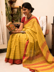 A Stunning Combination. Handloom Fine Khadi Cotton Andhra Saree (With Blouse Piece)