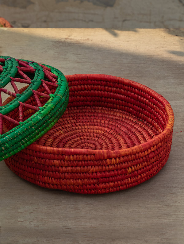 Bhadohi Basket Craft - Multi-Utility Round Basket with lid - The India Craft House