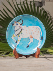 "Blue Pottery Decorative Plate in Wooden Box - Cow (Pale Blue; 8"")"