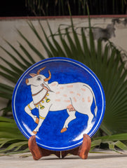 "Blue Pottery Decorative Plate in Wooden Box - Cow (Royal Blue; 8"")"