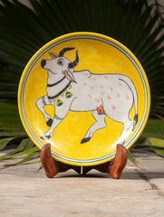 "Blue Pottery Decorative Plate in Wooden Box - Cow (Yellow; 8"")"