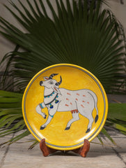 "Blue Pottery Decorative Plate in Wooden Box - Cow (Yellow, Grey; 10"")"