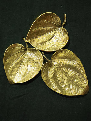 Brass 3 Leaf Platter / Wall Plaque - Paan Leaf - The India Craft House