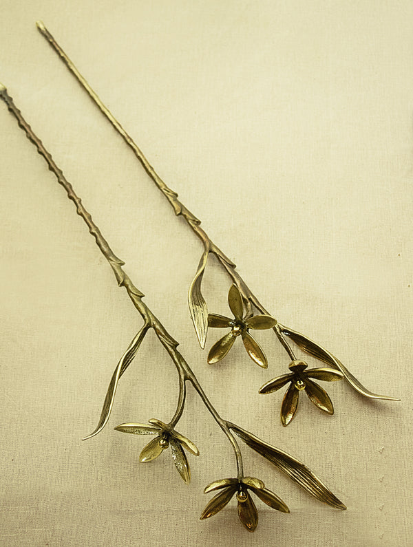 Brass Curio - Flowers (Set of 2 Stems) - The India Craft House
