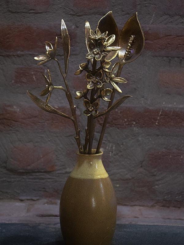 Brass Flower Bunch Curio - Set of 4 Stems - The India Craft House