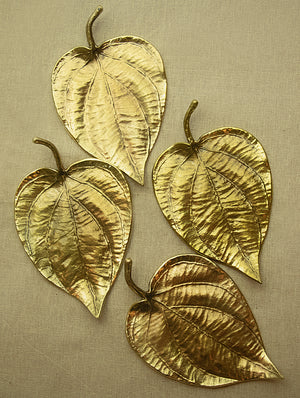 Brass Table Curio / Incense Holders (Set of 4) - Paan Leaves - The India Craft House