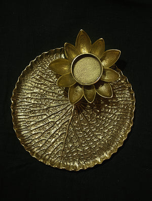 Brass Waterlily Leaf & Flower - Tealight Candle Holder - The India Craft House