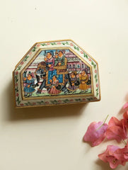 Camel Bone & Marble Dust Box with Miniature Painting
