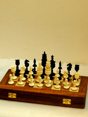 Camelbone Chess Set with Rosewood Board - Horse - The India Craft House