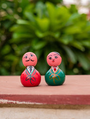 Channapatna Wooden Green & Red Dolls (Set of 2)
