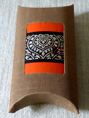 Cloth & Corrugate Gift Pouch - The India Craft House