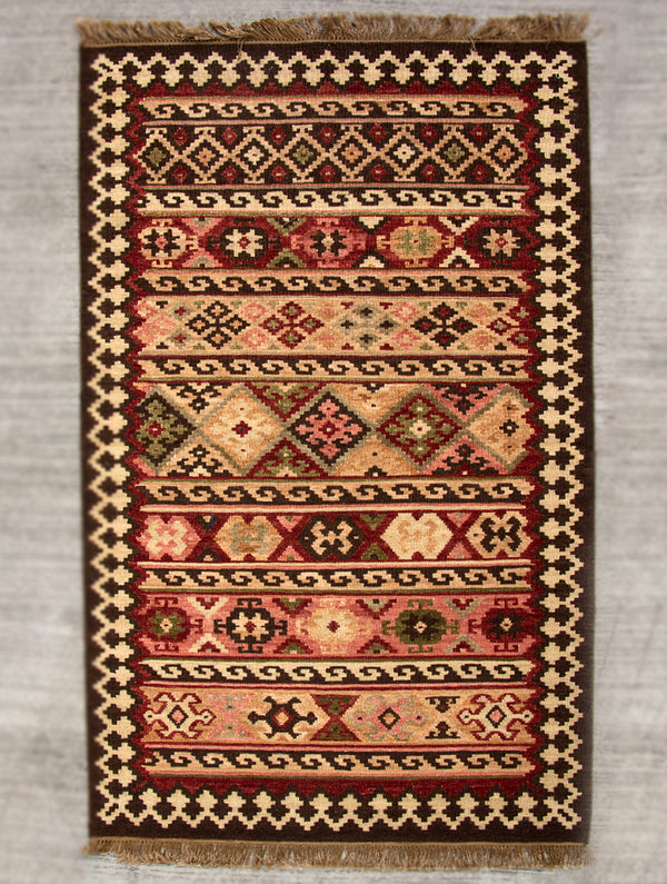 Exclusive Handwoven Kilim Rug (6 x 4 ft) - The India Craft House