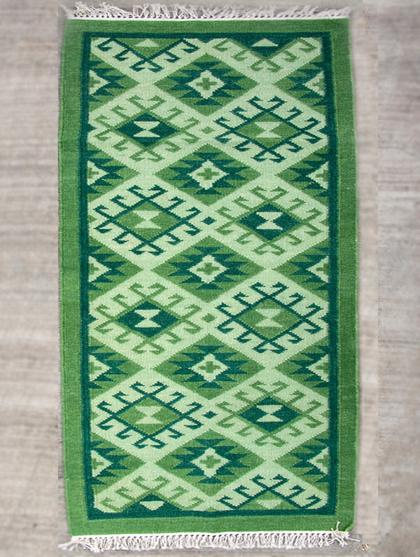 Handwoven Kilim Rug (6 x 4 ft) - The India Craft House