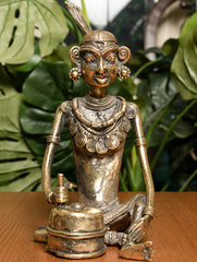 Dhokra Craft Curio (Large) - Lady with Grinder