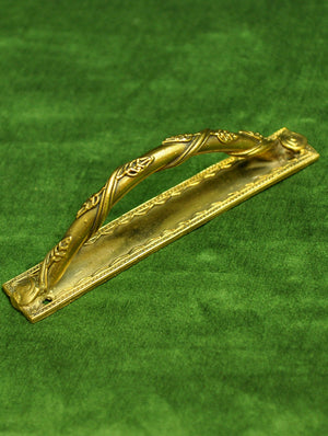 Dhokra Craft - Door Handle, Creeper with Leaves Design - The India Craft House
