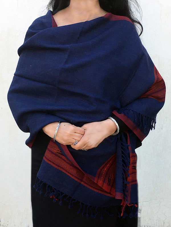 Fine, Soft Himachal Wool Plain Stole With Woven Border