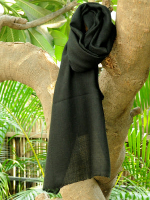 Fine, Soft Kashmiri Wool Muffler, Plain Black - The India Craft House