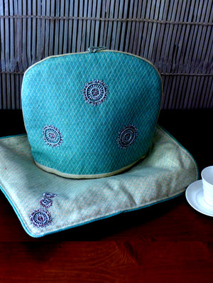 Jute & Zardozi Tray Cloth & Tea Cozy Set - The India Craft House 1