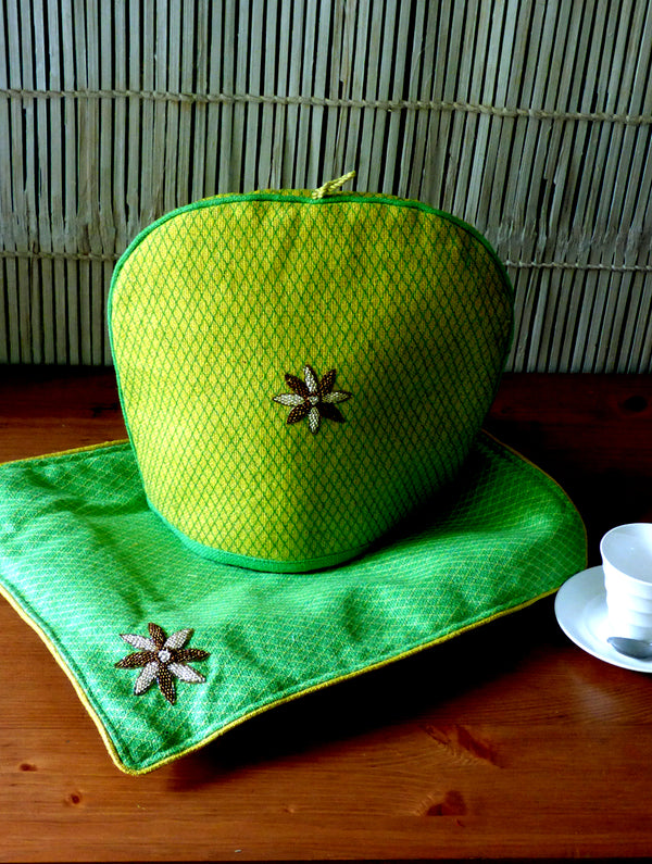 Jute & Zardozi Tray Cloth & Tea Cozy Set - The India Craft House