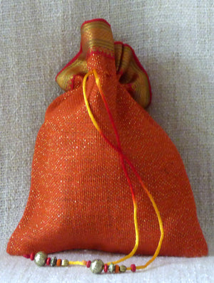 Jute & Zari Gift Pouch - The India Craft House 1