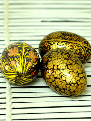 Kashmiri Art Papier Mache - Eggs (Set of 3) - The India Craft House