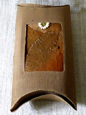 Leaf & Corrugate Gift Pouch - The India Craft House