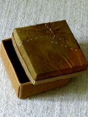 Leaf Square Small Box