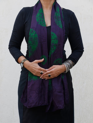 Pure Silk Shibori Bandhej Stole - The India Craft House