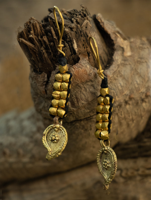 Rustic Dhokra Brass Metal Earring - The India Craft House