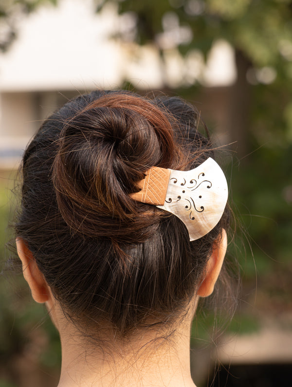 Shell Craft Hair Accessory - The India Craft House