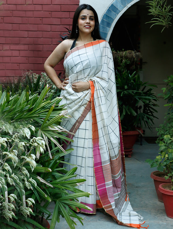 Smart, Soft Bengal Cotton Saree With Contrast Border - Off-white, Black & Orange - The India Craft House
