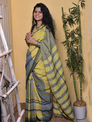 Striking Appeal. Handloom Bhagalpur Cotton Checked Saree (With Blouse Piece)