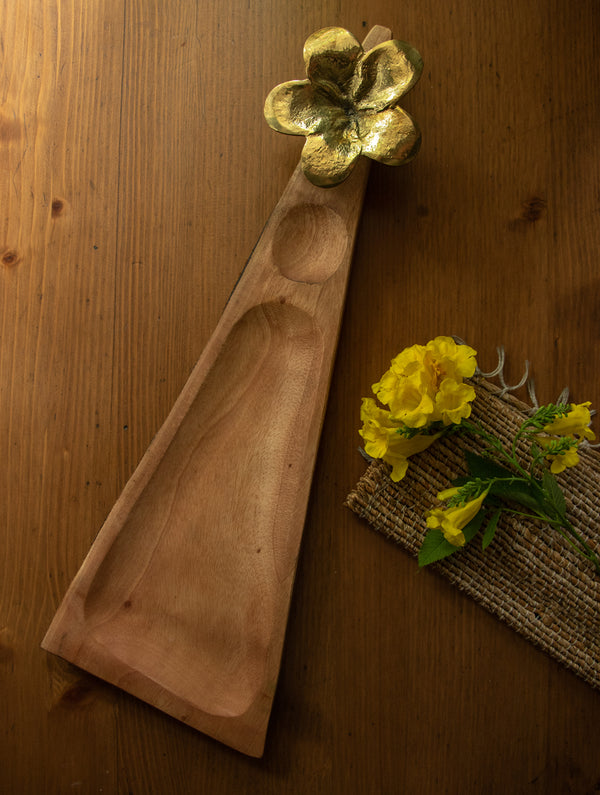 Wood & Dhokra Craft - Long Triangular Serving Tray with Dhokra Flower - The India Craft House