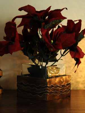 Wooden Engraved Flower Holder - The India Craft House