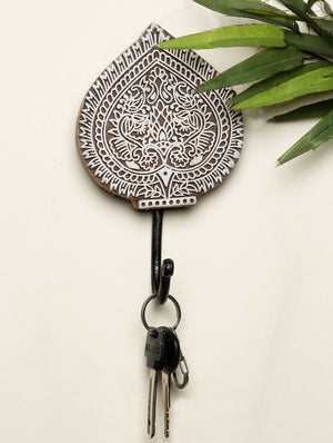 Wooden Engraved Wall Hook - Paan Motif