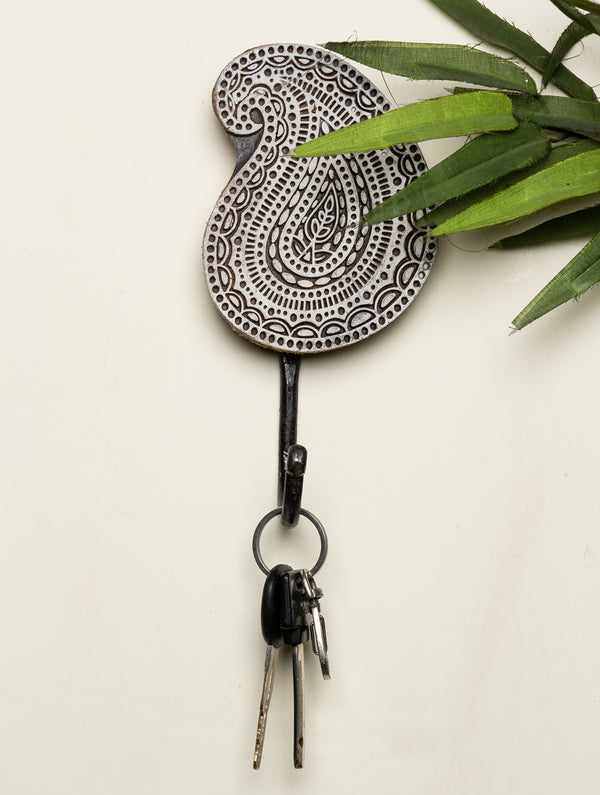 Wooden Engraved Wall Hook - Paisley Motif - The India Craft House