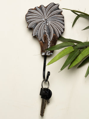 Wooden Engraved Wall Hook - Palm Tree Motif - The India Craft House