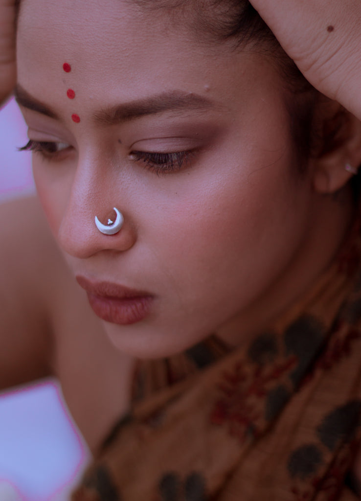 Chand Sitara Nose Pin