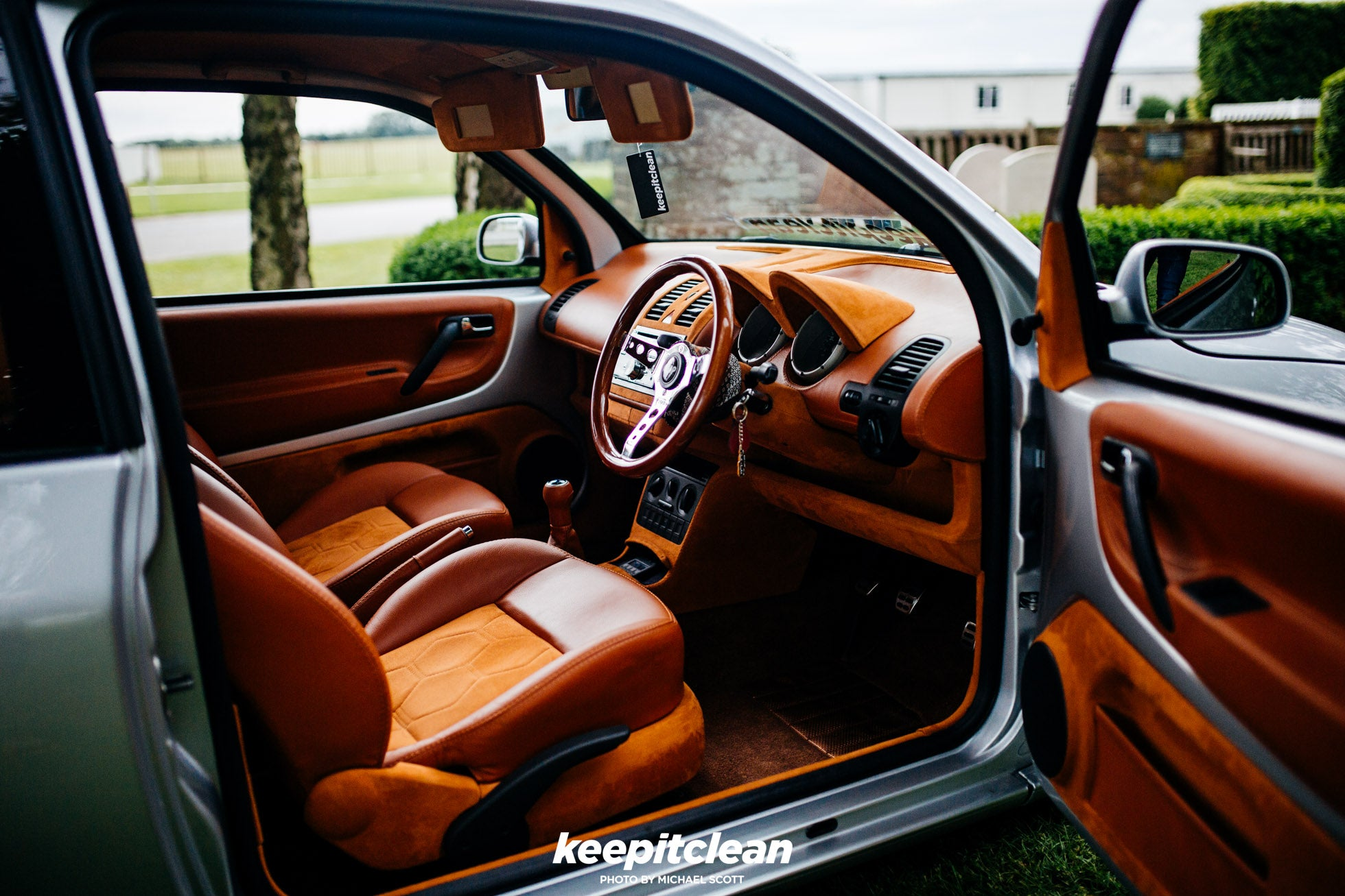 AARON WOULDS VW LUPO – keepitclean
