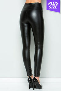 Curvy girl (plus size) black faux leather leggings