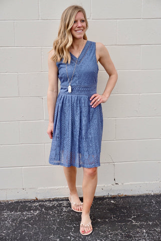 Doe's Lace Blue Dress